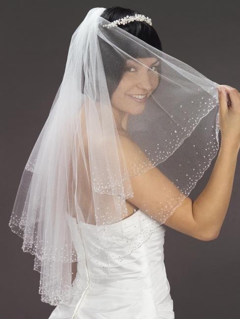 Brautschleier  Brautschleier an Kamm Swarovski Hochzeit