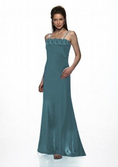 Abendkleid mit Stola in dunkelgrün