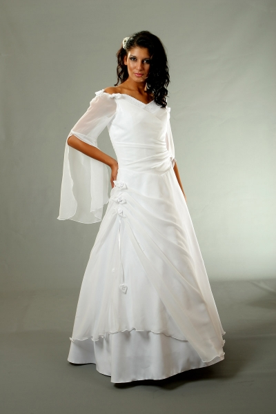 Brautkleid Romantisch Brautmode Shop Com Braut Abendmode