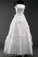 Brautkleid mit Rosen