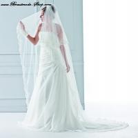 langer Brautschleier mit spanischer Spitze