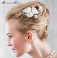 Haarkamm mit Blüten