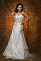 Brautkleid Sexy & Extravagant