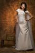 Brautkleid aus Organza und Spitze   cappuccino