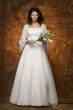 Brautkleid mit Aermeln   weiss glanz